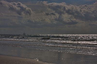 Glitzernde Wellen